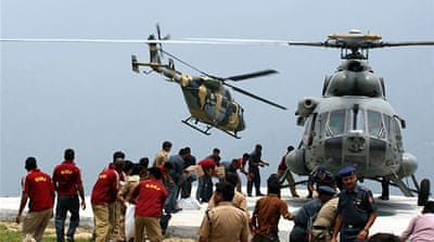 India flood rescue helicopter crashes