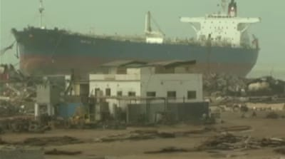 Pakistan shipbreaking yard workers underpaid