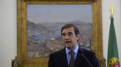 Portugal PM vows to stay despite resignations