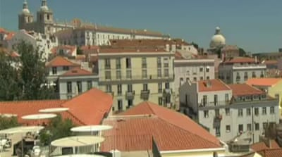 Jobless emigrate as crisis hits Portugal