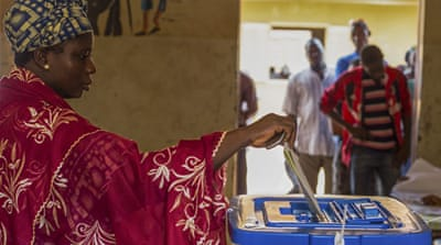 Voters defy threats as polls close in Mali