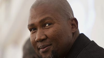 Mandla Mandela - officially chief of the Mandela clan - is accused by family of grave tampering [Reuters]