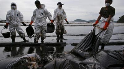 Around 50,000 litres of crude oil poured into the sea on Saturday around 20km off the coast of Rayong [Reuters]