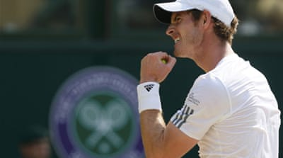 Murray triumphs in historic Wimbledon win