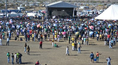 Workers commemorate Marikana massacre