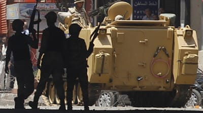 In pictures: Mosque standoff
