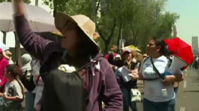 Mexican teachers protest education reforms