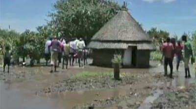 S Sudan floods displace thousands