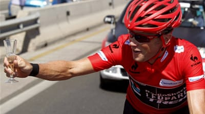 RadioShack rider Horner, who turns 42 next month, secured victory with a 37-second lead over Nibali [EPA]