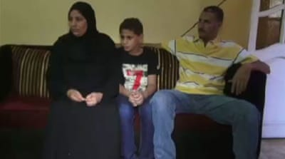 Egypt children 'held in adult prisons'