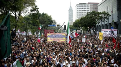 Thousands rally against Mexico oil reforms