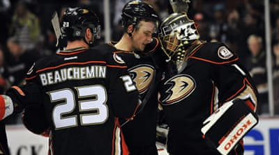 The Ducks made it 11 wins out of 12 games with the 6-3 victory over the Sharks [Reuters]