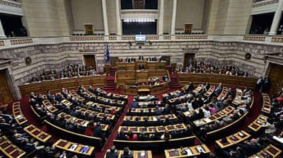 Greece government wins confidence vote