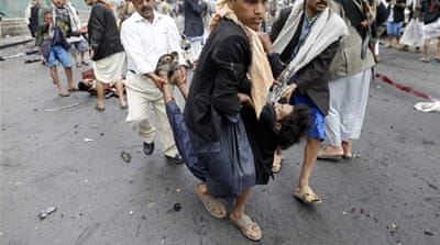 Scores dead in Yemen suicide attacks