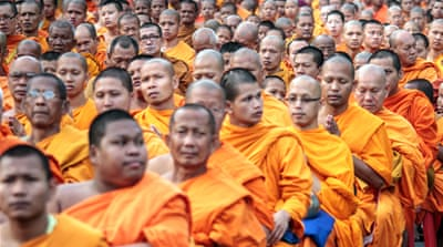 In Pictures: 10,000 marching monks in Bangkok