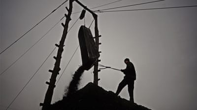 Illegal coal mines a 'lifeline' in Ukraine