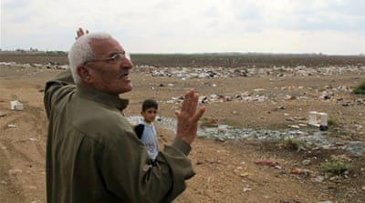 Garbage divides Syrian neighbourhood