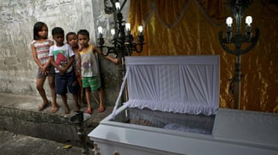Philippines: Stray Bullets