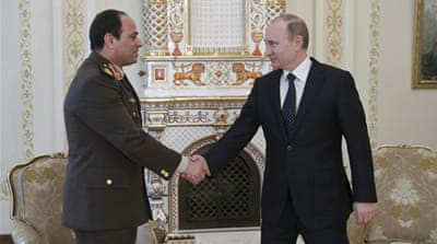 Putin backs Sisi to be president of Egypt