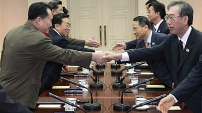 Rival Koreas agree to tone down hostilities