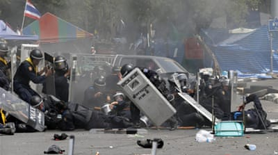 Thai policeman killed in Bangkok clashes