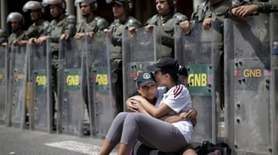 In Pictures: Venezuela's protests escalate