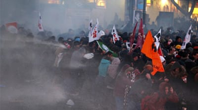 Clashes in Turkey over death of boy in coma