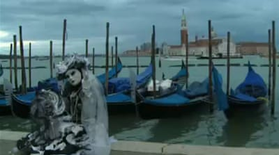 Carnival keeps Venice's economy afloat