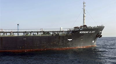 US navy steers rogue oil tanker back to Libya