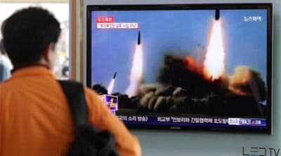 Rival Koreas trade fire across sea border