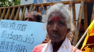 Sri Lanka army 'blocks' return of Tamils