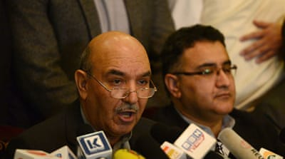 Karzai's brother quits presidential race
