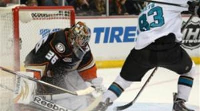 Ducks' goalie John Gibson (36) made 36 stops in his side's 5-2 win [Reuters]