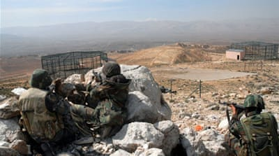 Syrian army seizes towns near Lebanon border