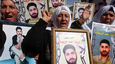 Palestinian protesters have demanded Israel release the final batch of prisoners [AFP]