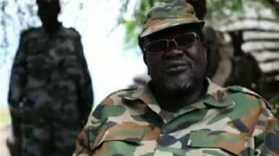 President Kiir [L] and his former vice president Riek Machar [R] are to resume peace talks on Wednesday [Reuters]