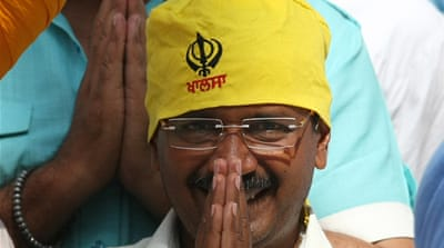 AAP's Arvind Kejriwal faces BJP leader Narendra Modi in the temple city of Varanasi in the last stage of polls [EPA]