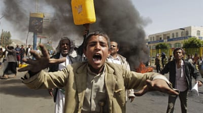 The protests came after Yemen suffered a grid failure on Tuesday [AP]