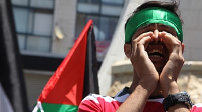 In Pictures: Palestinians hungry for freedom