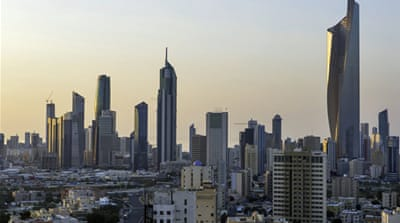 Kuwait strips dissidents' citizenship