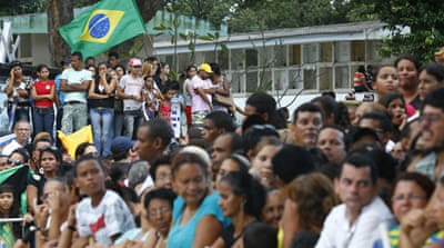 Thousands attend funeral of Brazil's Campos