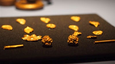 'Cold war' over Crimean gold