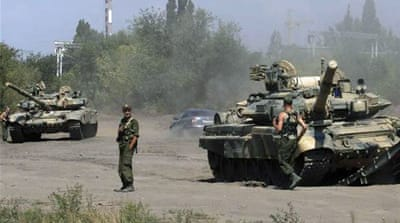 NATO: Russia supplying Ukraine rebels tanks