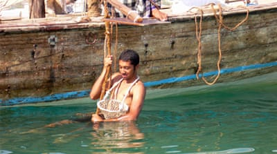 UAE jumps back into pearl diving