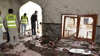 Deadly blast hits Shia mosque in Pakistan
