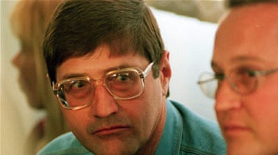 S Africa grants parole to apartheid death-squad leader