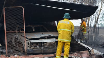 Homes destroyed in Australia bushfire