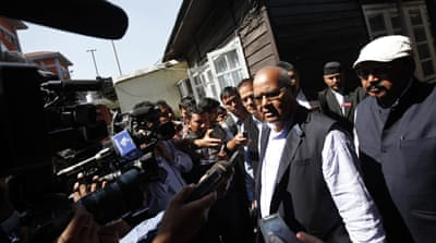 Laxman Lal Karna of the United Democratic Madhesi Front has said that government negotiators did not present a solid proposal to end ongoing protests [AP]