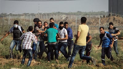 Dozens were injured during demonstrations in eastern Gaza [Ezz Zanoun/Al Jazeera]
