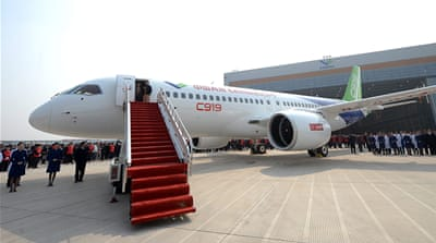 First 'made in China' passenger jet unveiled